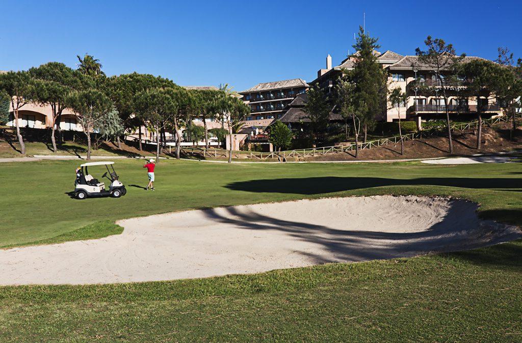 https://golftravelpeople.com/wp-content/uploads/2019/04/Islantilla-Golf-Resort-5-1024x673.jpg