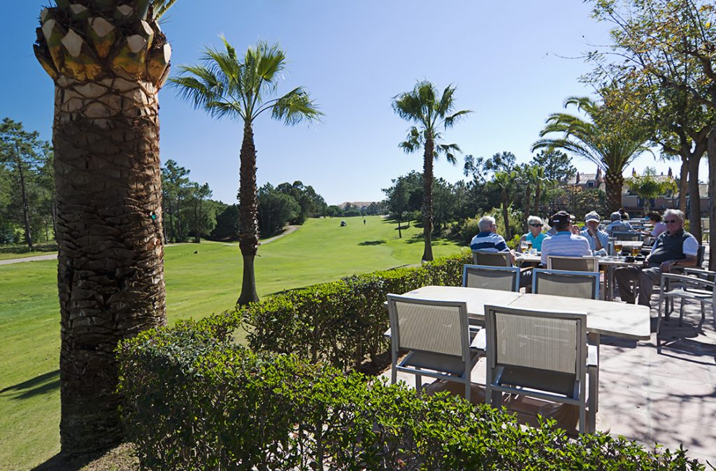 https://golftravelpeople.com/wp-content/uploads/2019/04/Islantilla-Golf-Resort-6-1024x674.jpg