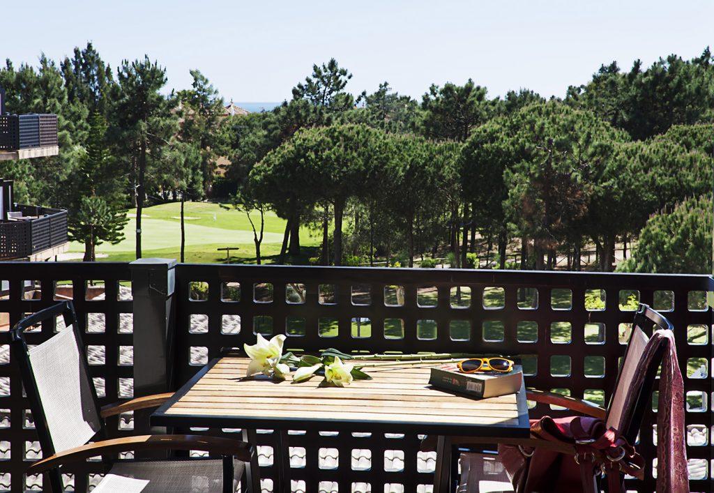 https://golftravelpeople.com/wp-content/uploads/2019/04/Islantilla-Golf-Resort-7-1024x707.jpg