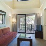 https://golftravelpeople.com/wp-content/uploads/2019/04/Islantilla-Golf-Resort-Hotel-Bedrooms-10-150x150.jpg