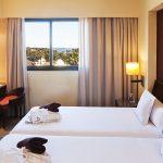 https://golftravelpeople.com/wp-content/uploads/2019/04/Islantilla-Golf-Resort-Hotel-Bedrooms-13-150x150.jpg