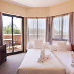 https://golftravelpeople.com/wp-content/uploads/2019/04/Islantilla-Golf-Resort-Hotel-Bedrooms-7-150x150.jpg