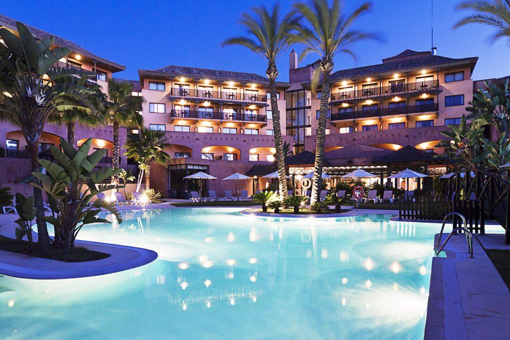 https://golftravelpeople.com/wp-content/uploads/2019/04/Islantilla-Golf-Resort-Hotel-Swimming-Pools-6-1024x683.jpg