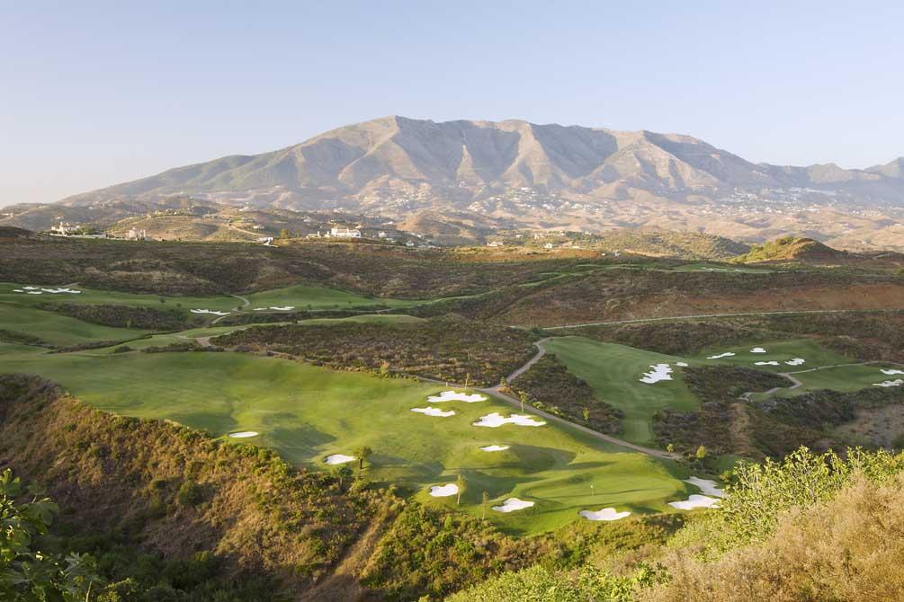 https://golftravelpeople.com/wp-content/uploads/2019/04/La-Cala-Campo-Europa-1.jpg