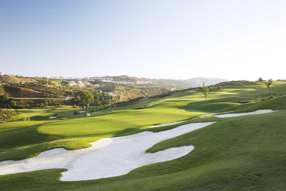 https://golftravelpeople.com/wp-content/uploads/2019/04/La-Cala-Campo-Europa-2.jpg
