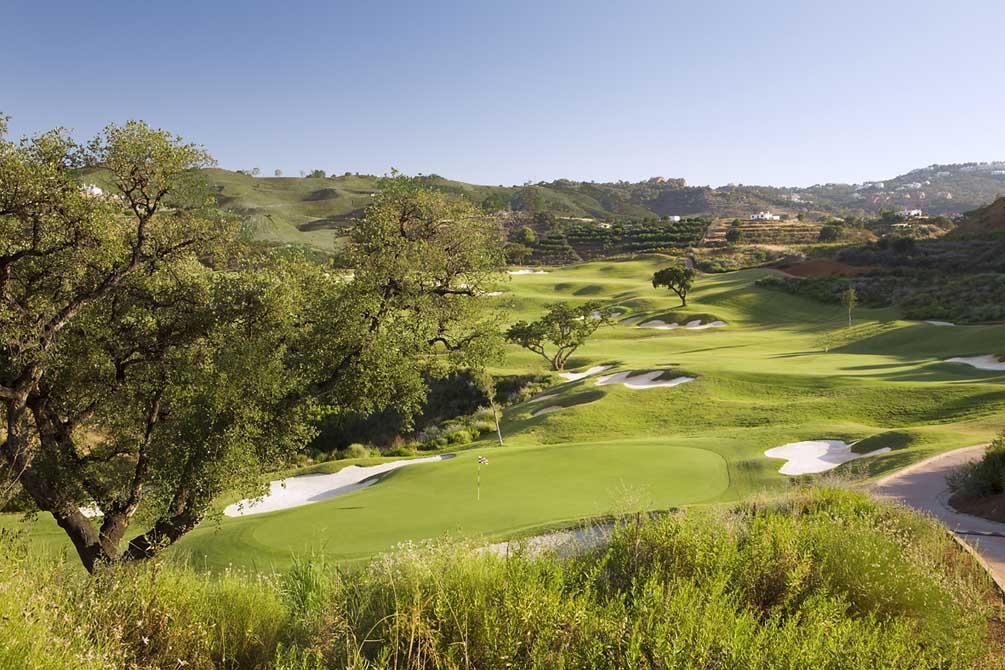 https://golftravelpeople.com/wp-content/uploads/2019/04/La-Cala-Campo-Europa-4.jpg