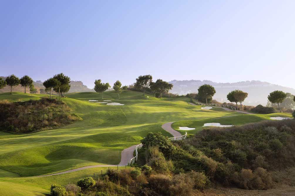 https://golftravelpeople.com/wp-content/uploads/2019/04/La-Cala-Golf-Club-Campo-America-2.jpg
