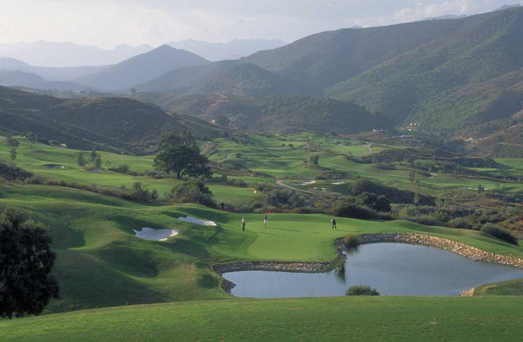 https://golftravelpeople.com/wp-content/uploads/2019/04/La-Cala-Golf-Club-Campo-America-6.jpg