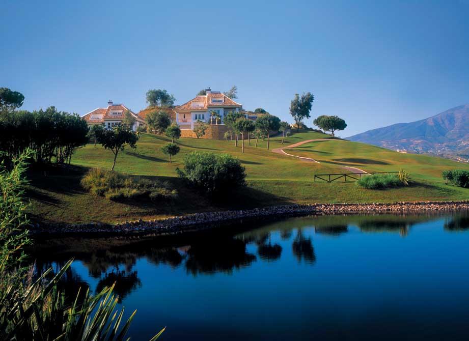 https://golftravelpeople.com/wp-content/uploads/2019/04/La-Cala-Golf-Club-Campo-Asia-2.jpg