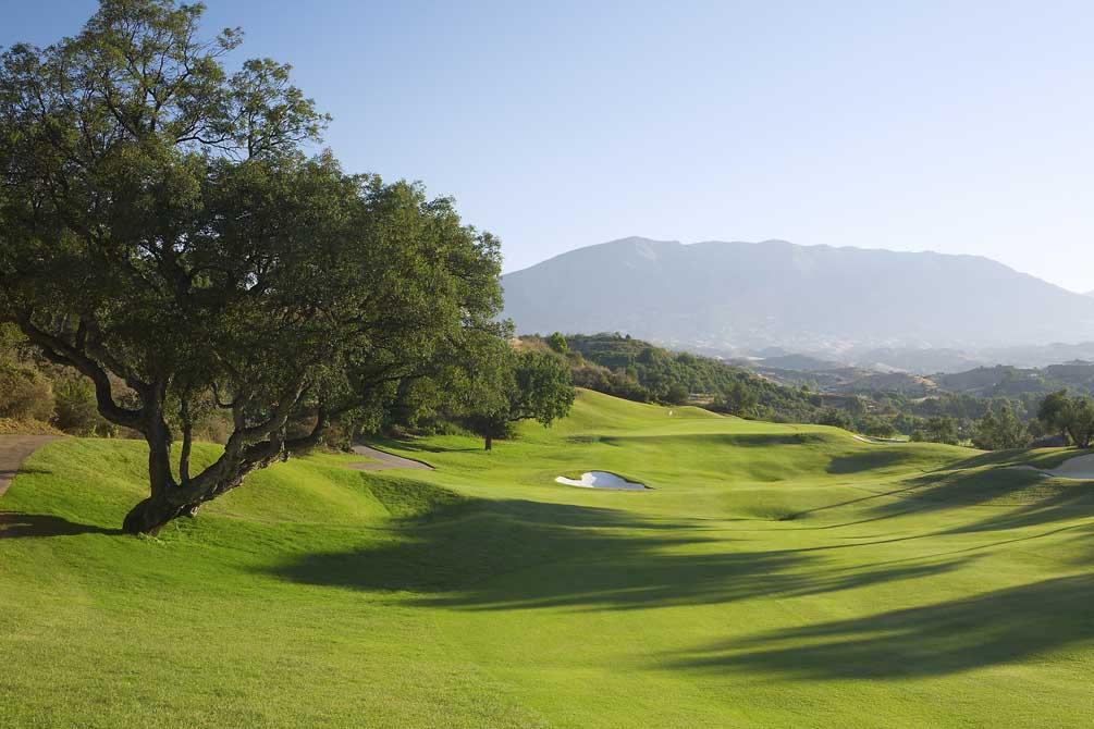 https://golftravelpeople.com/wp-content/uploads/2019/04/La-Cala-Golf-Club-Campo-Asia-6.jpg