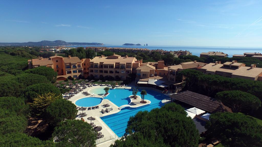 https://golftravelpeople.com/wp-content/uploads/2019/04/La-Costa-Hotel-Golf-and-Beach-Resort-4.jpg