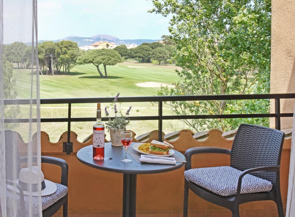 https://golftravelpeople.com/wp-content/uploads/2019/04/La-Costa-Hotel-Golf-and-Beach-Resort-5.jpg