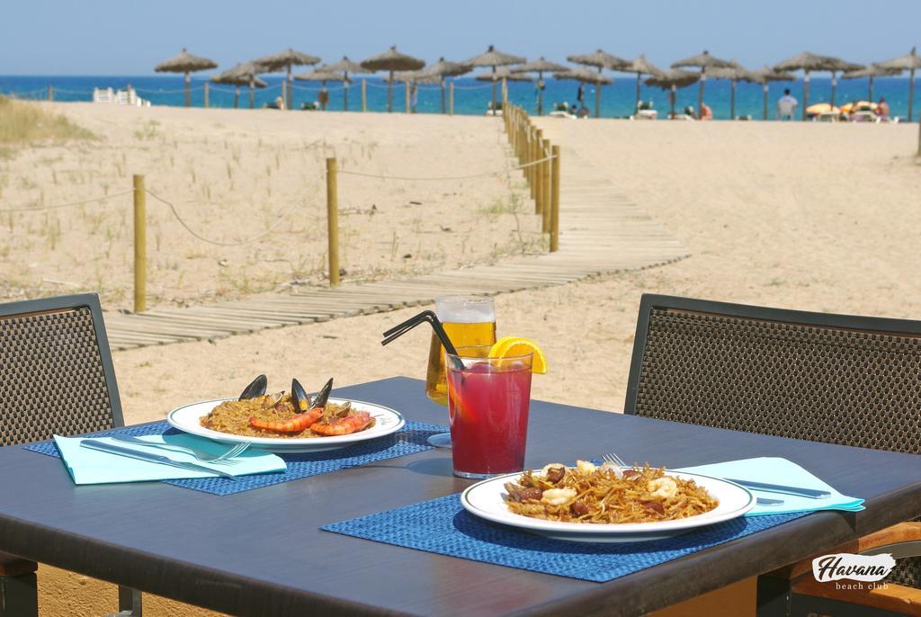 https://golftravelpeople.com/wp-content/uploads/2019/04/La-Costa-Hotel-Golf-and-Beach-Resort-9.jpg