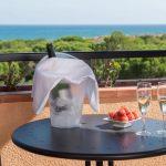 https://golftravelpeople.com/wp-content/uploads/2019/04/La-Costa-Hotel-Golf-and-Beach-Resort-Bedrooms-13-150x150.jpg