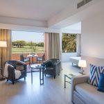 https://golftravelpeople.com/wp-content/uploads/2019/04/La-Costa-Hotel-Golf-and-Beach-Resort-Bedrooms-17-150x150.jpg