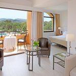 https://golftravelpeople.com/wp-content/uploads/2019/04/La-Costa-Hotel-Golf-and-Beach-Resort-Bedrooms-26-150x150.jpg