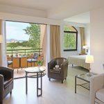 https://golftravelpeople.com/wp-content/uploads/2019/04/La-Costa-Hotel-Golf-and-Beach-Resort-Bedrooms-27-150x150.jpg