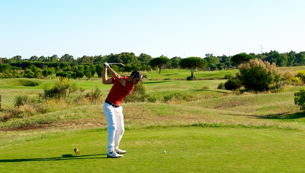 https://golftravelpeople.com/wp-content/uploads/2019/04/La-Estancia-New-1.jpg