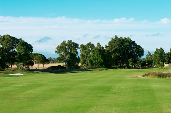 https://golftravelpeople.com/wp-content/uploads/2019/04/La-Estancia-New-5.jpg