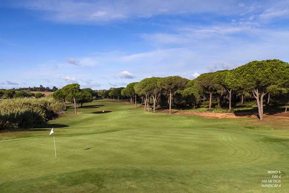 https://golftravelpeople.com/wp-content/uploads/2019/04/La-Monacilla-Golf-Club-12.jpg