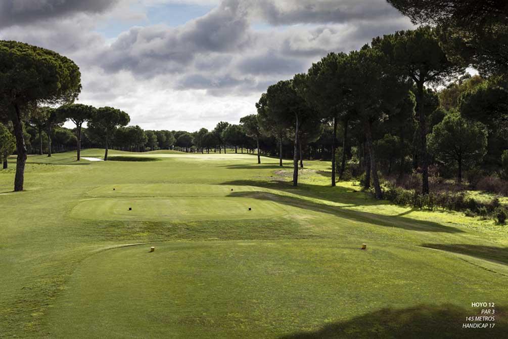 https://golftravelpeople.com/wp-content/uploads/2019/04/La-Monacilla-Golf-Club-18.jpg