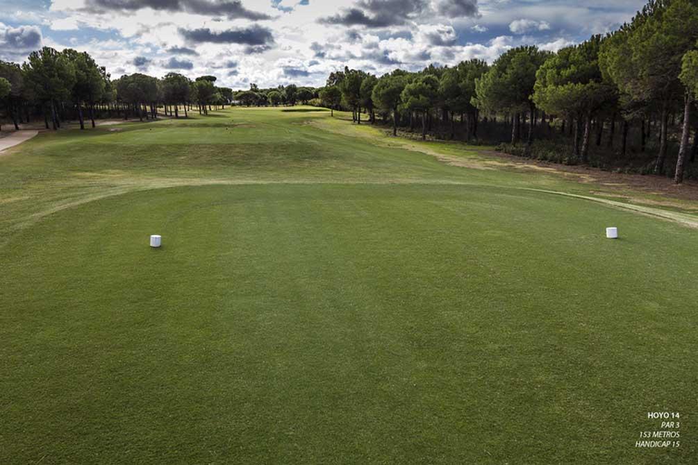 https://golftravelpeople.com/wp-content/uploads/2019/04/La-Monacilla-Golf-Club-20.jpg