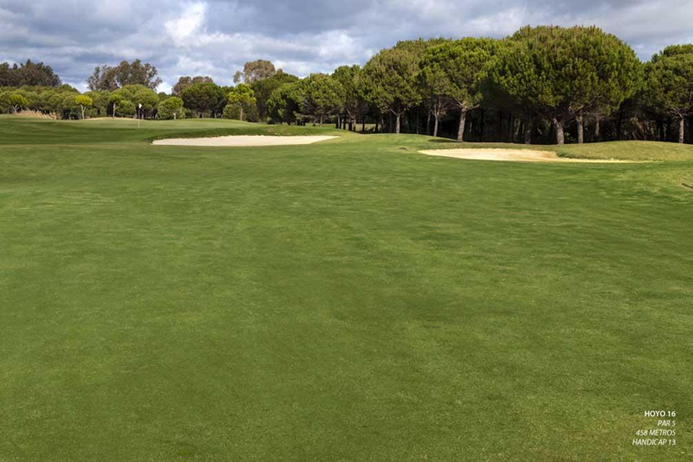 https://golftravelpeople.com/wp-content/uploads/2019/04/La-Monacilla-Golf-Club-22.jpg