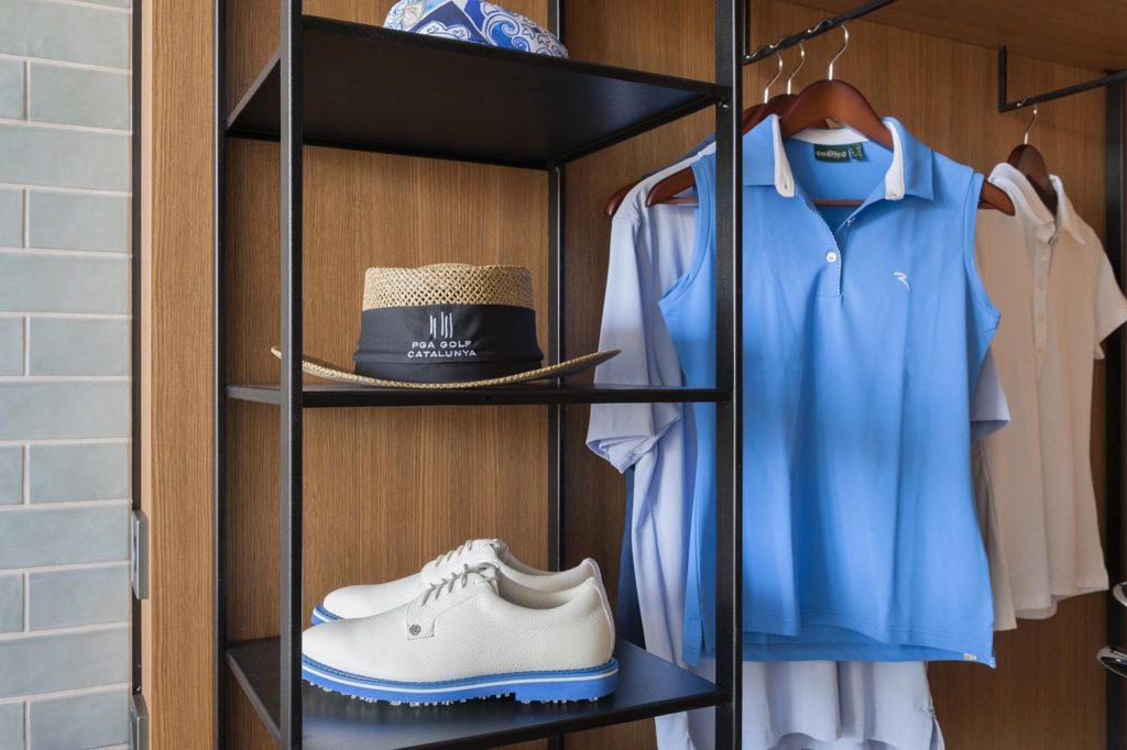 https://golftravelpeople.com/wp-content/uploads/2019/04/La-Vida-Hotel-Bedrooms-PGA-Catalunya-Resort-Girona-Costa-Brava-9-Copy-1024x682.jpg