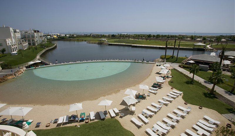 https://golftravelpeople.com/wp-content/uploads/2019/04/Lake-Spa-Resort-Vilamoura-2.jpg