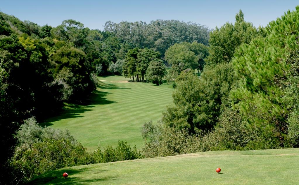 https://golftravelpeople.com/wp-content/uploads/2019/04/Lisbon-Sports-Club-New-2.jpg