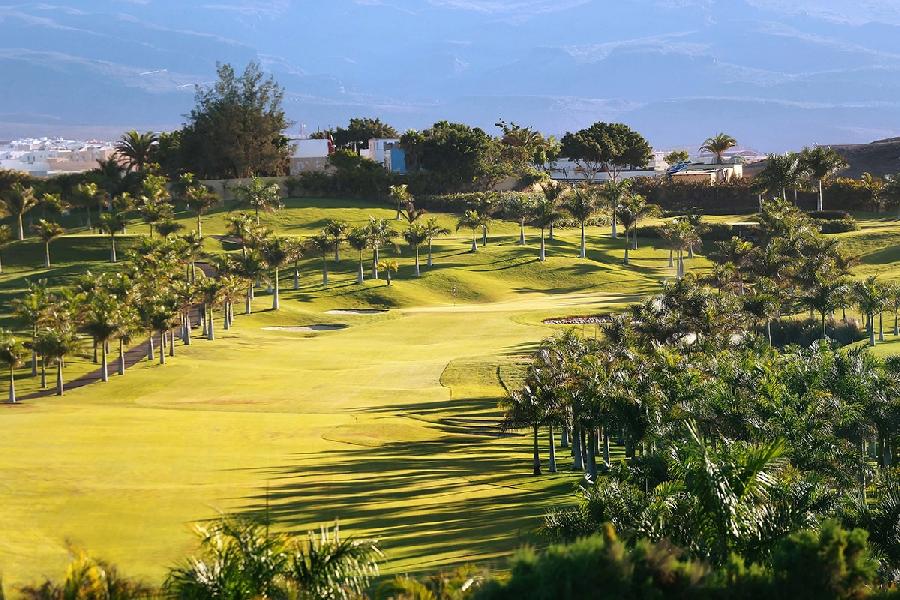 https://golftravelpeople.com/wp-content/uploads/2019/04/Lopesan-Meloneras-Golf-Gran-Canaria-11.jpg