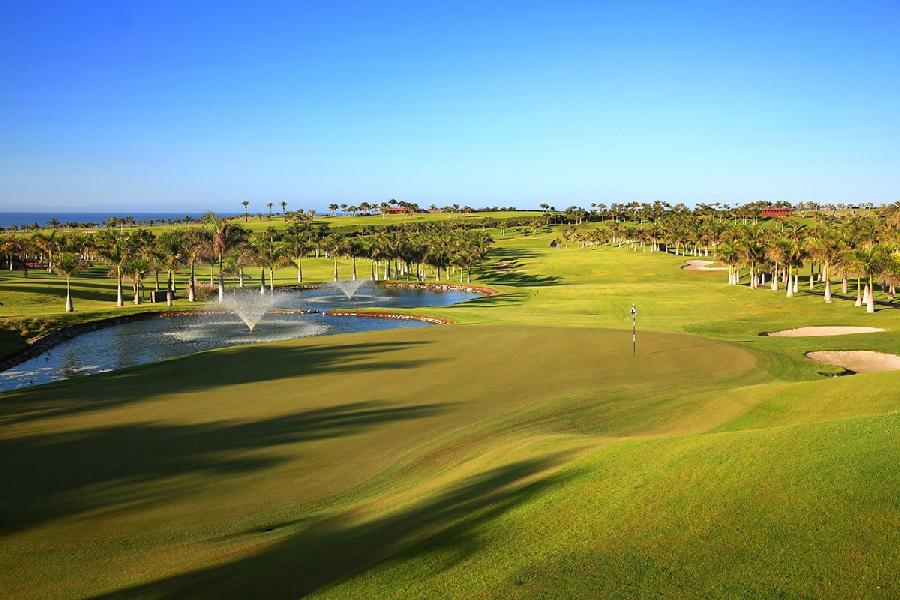 https://golftravelpeople.com/wp-content/uploads/2019/04/Lopesan-Meloneras-Golf-Gran-Canaria-13.jpg