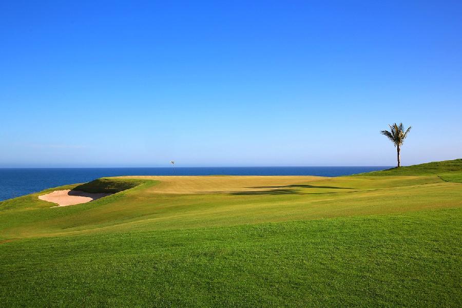 https://golftravelpeople.com/wp-content/uploads/2019/04/Lopesan-Meloneras-Golf-Gran-Canaria-3.jpg
