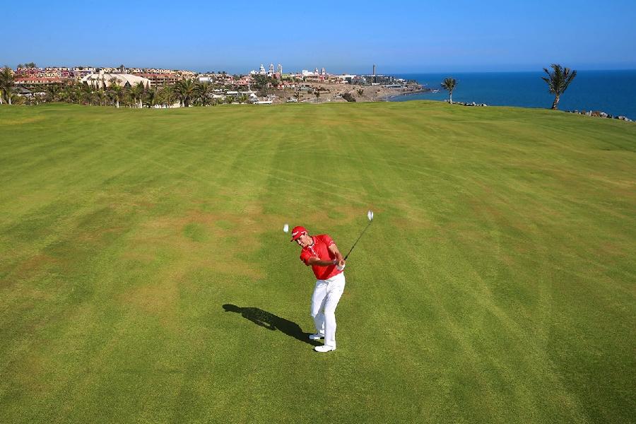 https://golftravelpeople.com/wp-content/uploads/2019/04/Lopesan-Meloneras-Golf-Gran-Canaria-5.jpg