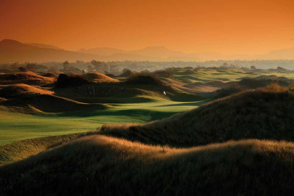 https://golftravelpeople.com/wp-content/uploads/2019/04/Lykia-Links-Golf-Course-11.jpg