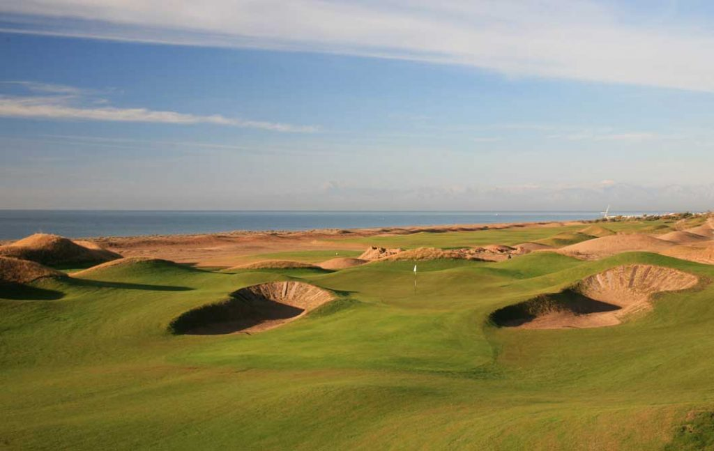 https://golftravelpeople.com/wp-content/uploads/2019/04/Lykia-Links-Golf-Course-14-1024x647.jpg