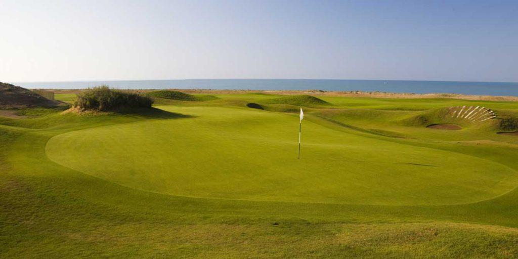 https://golftravelpeople.com/wp-content/uploads/2019/04/Lykia-Links-Golf-Course-15-1024x512.jpg