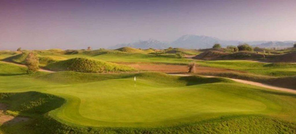 https://golftravelpeople.com/wp-content/uploads/2019/04/Lykia-Links-Golf-Course-4-1024x465.jpg
