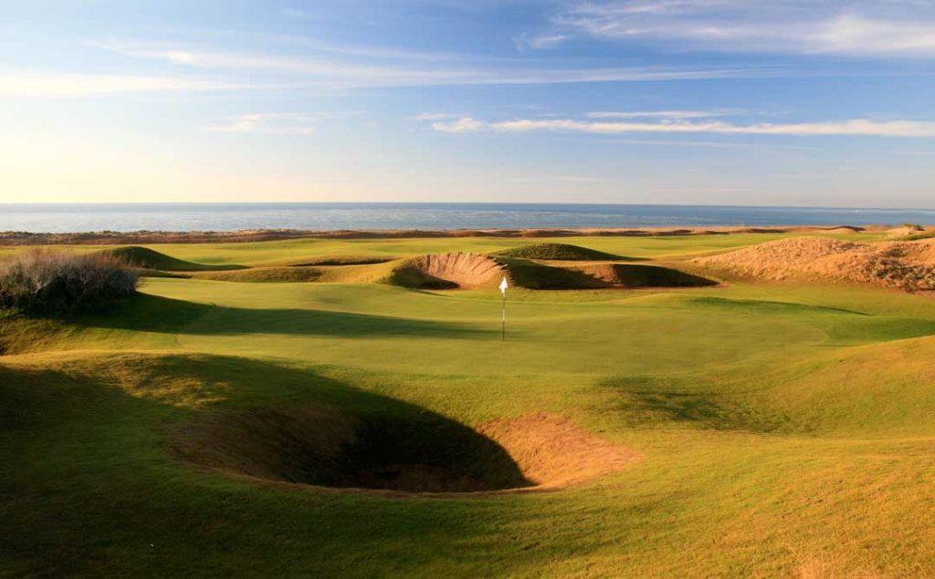 https://golftravelpeople.com/wp-content/uploads/2019/04/Lykia-Links-Golf-Course-7-1024x635.jpg