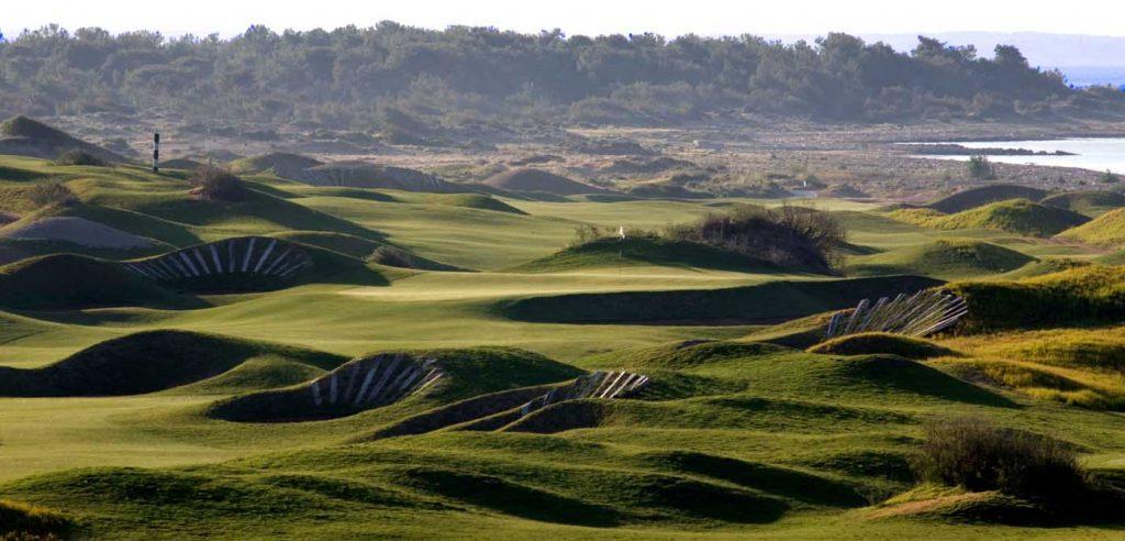 https://golftravelpeople.com/wp-content/uploads/2019/04/Lykia-Links-Golf-Course-8-1024x492.jpg