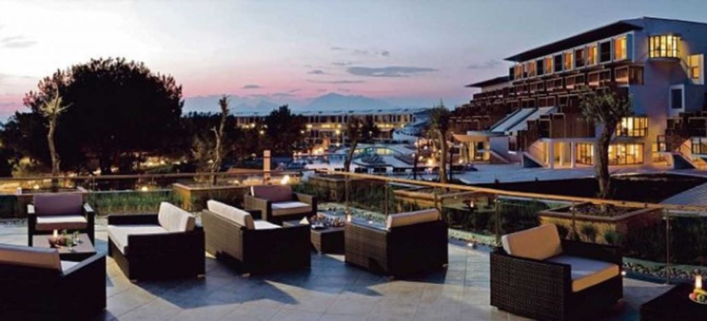 https://golftravelpeople.com/wp-content/uploads/2019/04/Lykia-World-Antalya-3-1024x465.jpg