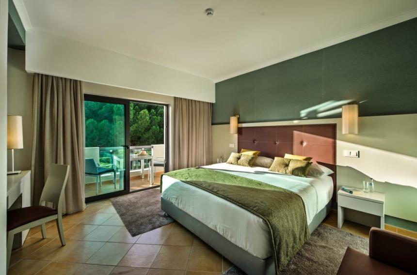 https://golftravelpeople.com/wp-content/uploads/2019/04/Magnolia-Hotel-Quinta-do-Lago-11.jpg