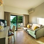 https://golftravelpeople.com/wp-content/uploads/2019/04/Magnolia-Hotel-Quinta-do-Lago-12-150x150.jpg