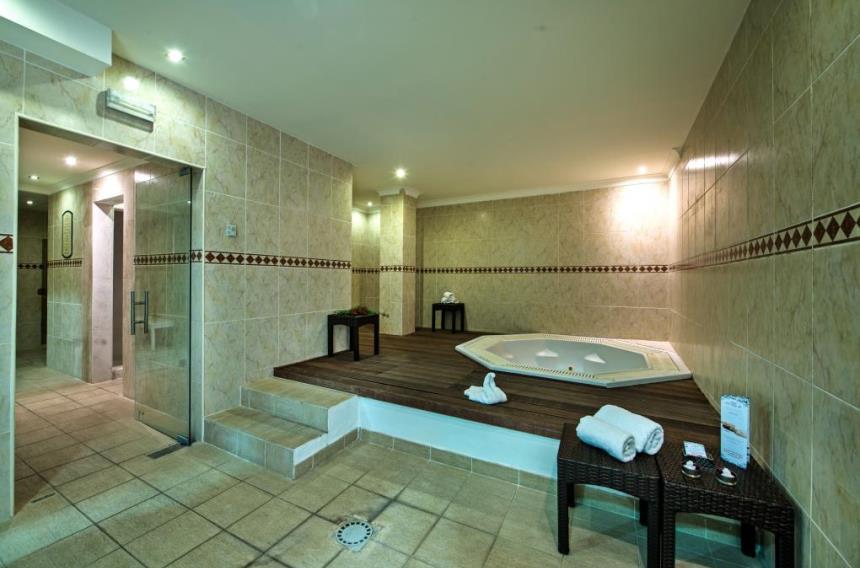 https://golftravelpeople.com/wp-content/uploads/2019/04/Magnolia-Hotel-Quinta-do-Lago-9.jpg
