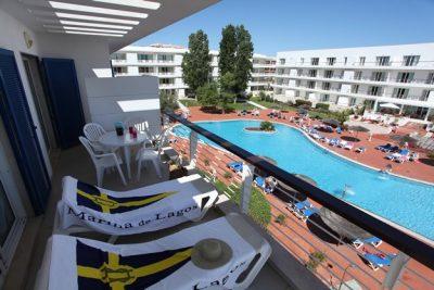 https://golftravelpeople.com/wp-content/uploads/2019/04/Marina-Club-Lagos-Resort-9-8-400x267.jpg