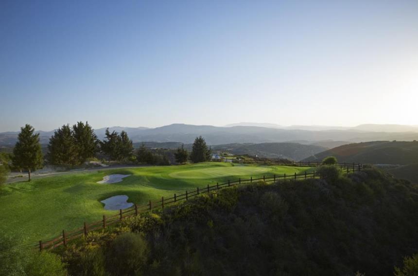 https://golftravelpeople.com/wp-content/uploads/2019/04/Minthis-Hills-Golf-Club-Cyprus-4.jpg
