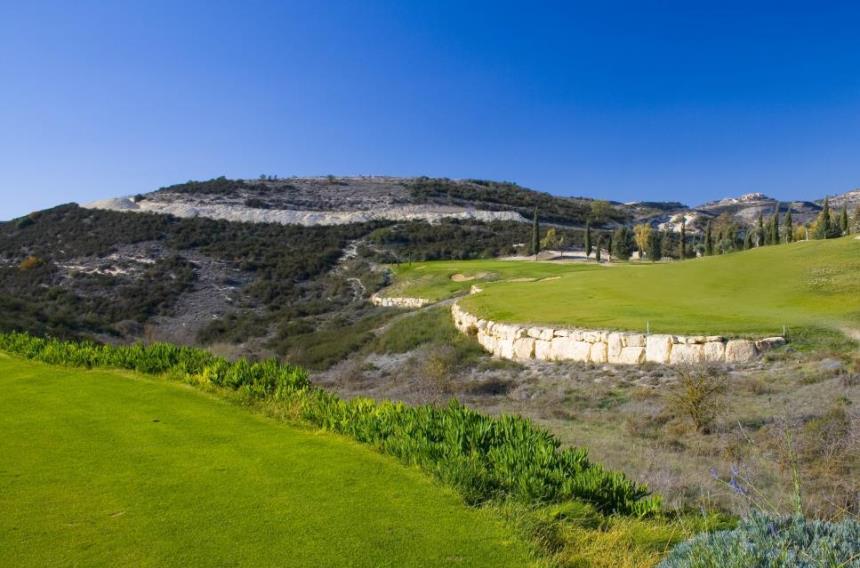https://golftravelpeople.com/wp-content/uploads/2019/04/Minthis-Hills-Golf-Club-Cyprus-5.jpg