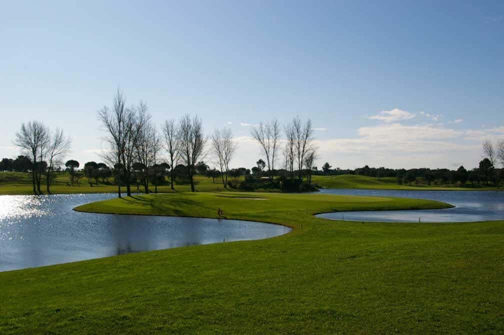 https://golftravelpeople.com/wp-content/uploads/2019/04/Montado-Golf-Club-3.jpg