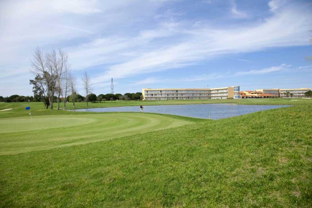 https://golftravelpeople.com/wp-content/uploads/2019/04/Montado-Golf-Club-5.jpg
