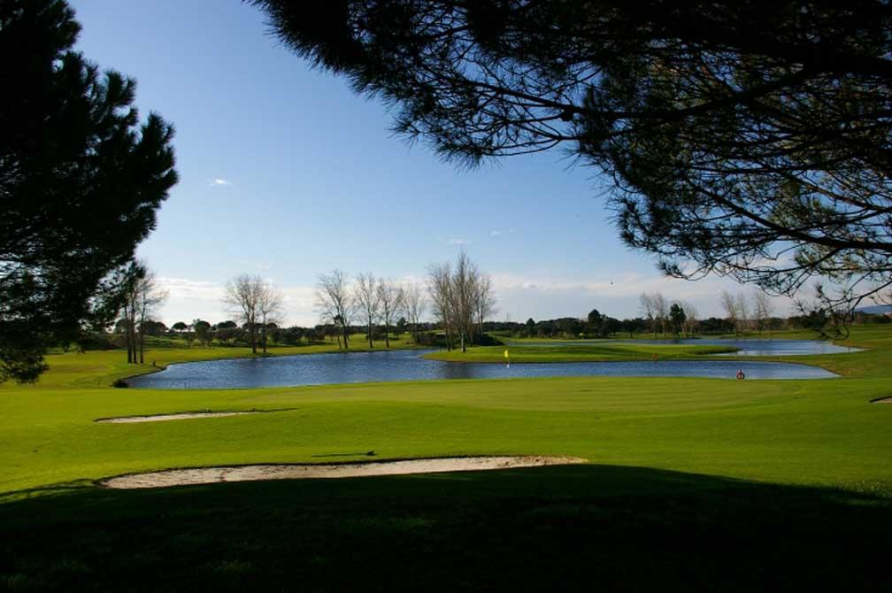https://golftravelpeople.com/wp-content/uploads/2019/04/Montado-Golf-Club-6.jpg